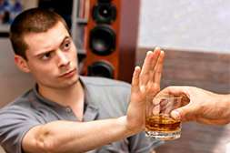 С Кодирексом формируется отторжение к алкоголю